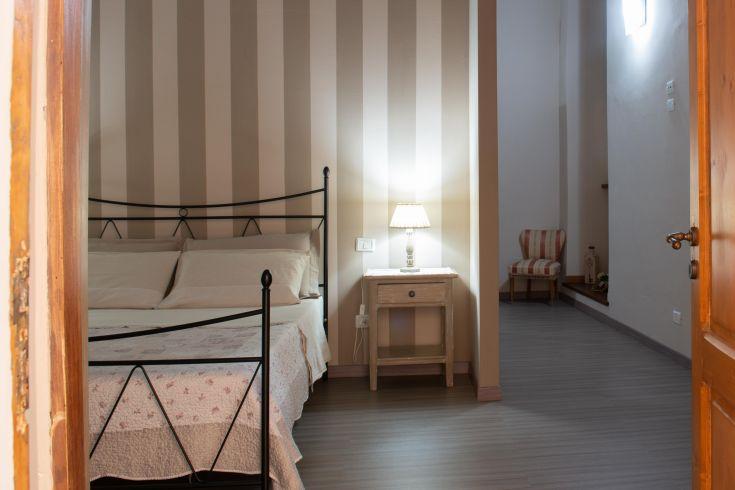 Camera Matrimoniale con Divano letto