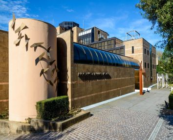 Hotel 4 stelle a Spoleto a pochi metri dal centro storico, con piscina, parcheggio, garage e palestra!