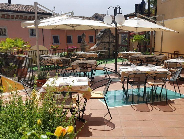 Terrazza - Ristorante Le Cisterne - Hotel Fonte Cesia