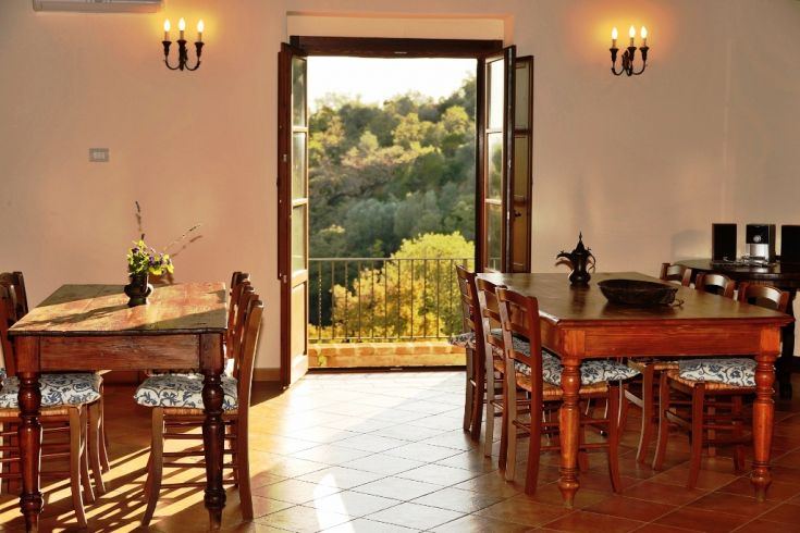 This is the dining area of the Common Room of the Farmhouse Fontanelle.